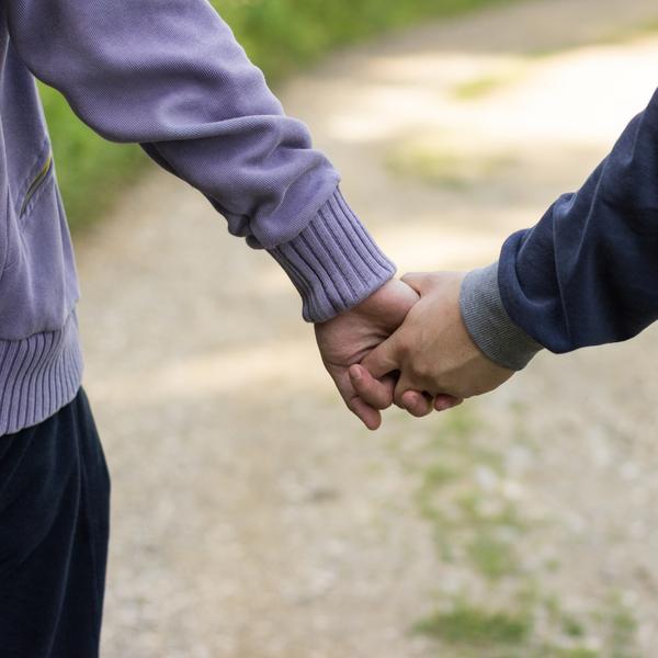 Hoitaja muistelee: vanhemman homomiehen liikuttava tarina